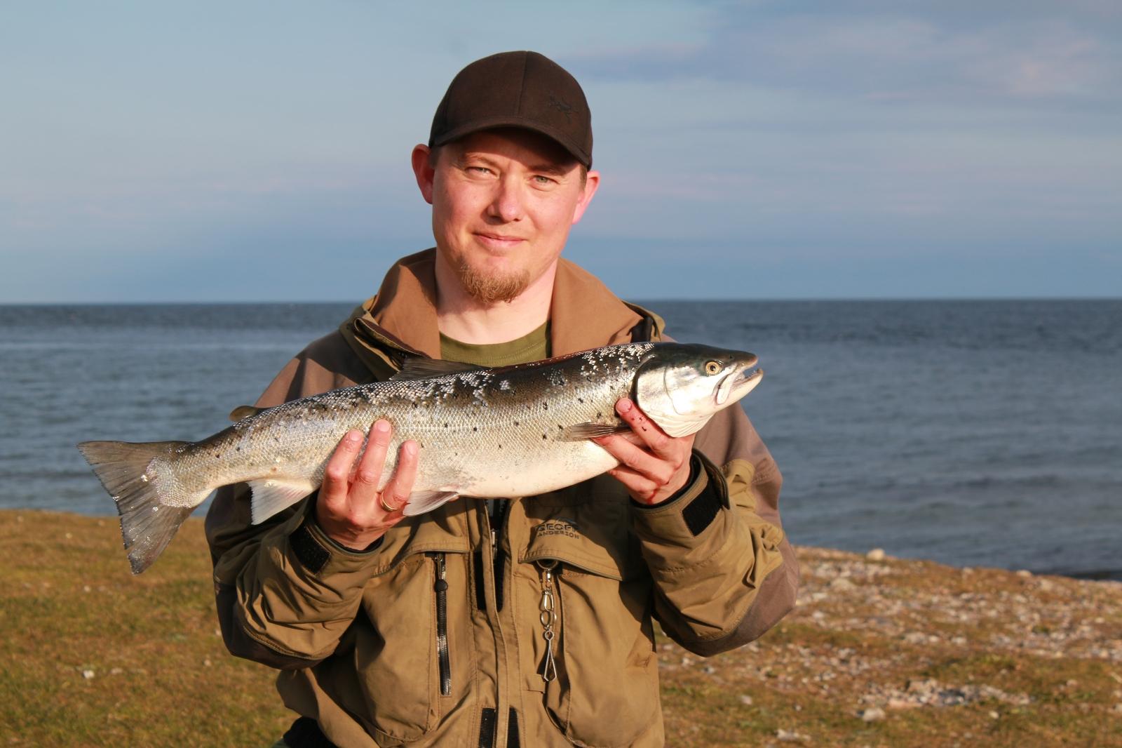 Havørred på 63 cm og 2.77 kg fra Sletterhage, Østjylland -  fanget på Snurrebassen nr 3 i sølv # 6622
