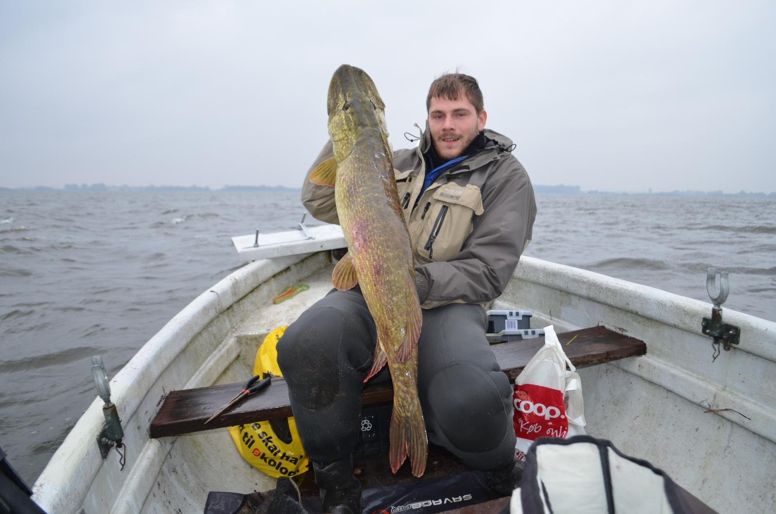 Gedde på 122 cm og 13.00 kg fra Et godt gedde spot, Sjælland -  fanget på Wobler # 4785