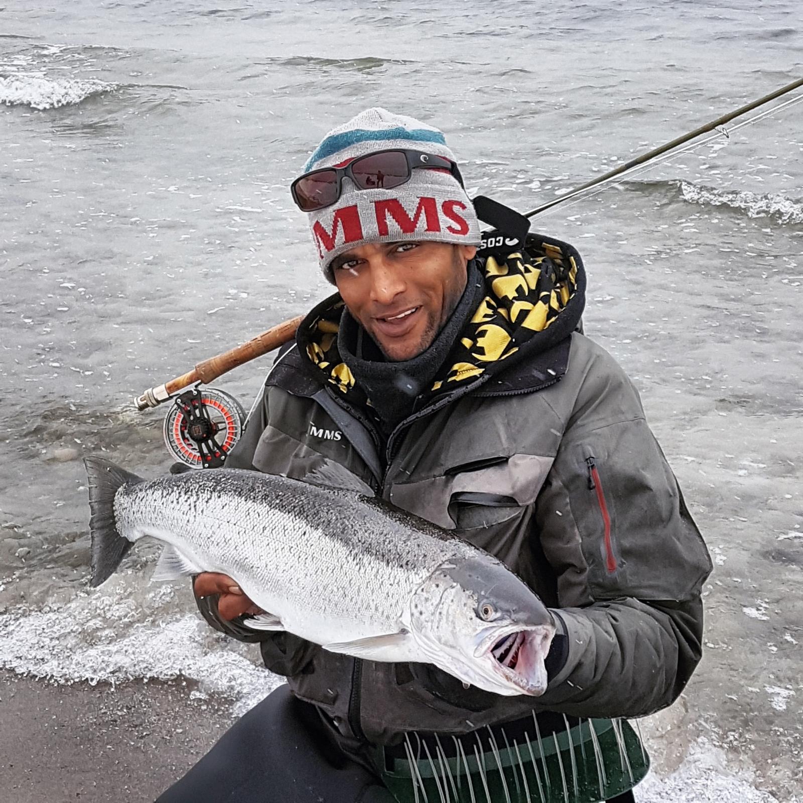 Havørred på 68 cm og 4.20 kg fra nordkysten, Sjælland -  fanget på vinter glas tobis hjemme bundet # 7226