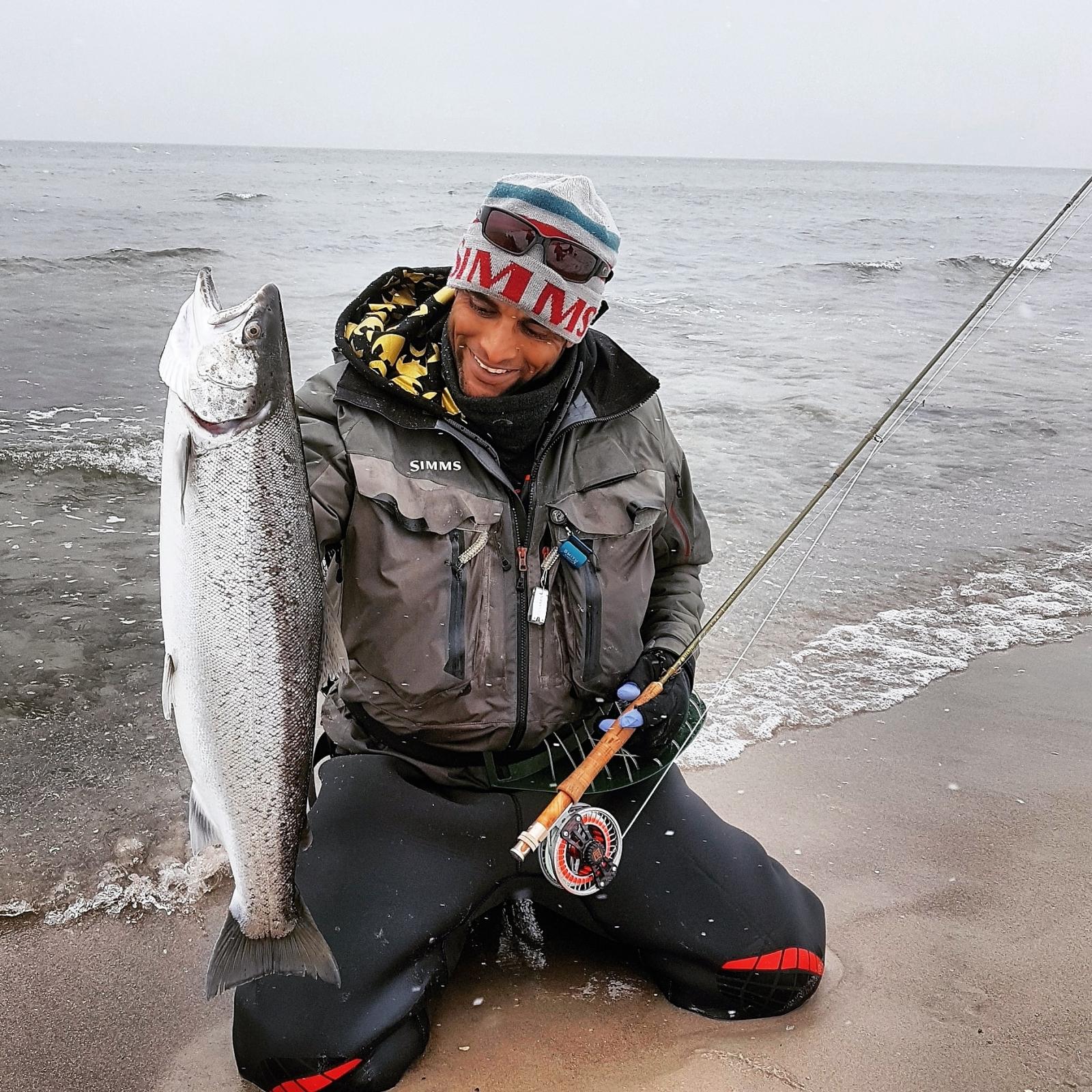 Havørred på 68 cm og 4.20 kg fra nordkysten, Sjælland -  fanget på vinter glas tobis hjemme bundet # 7225